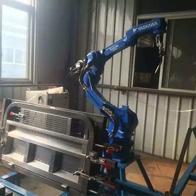 电动三轮车车门板焊接