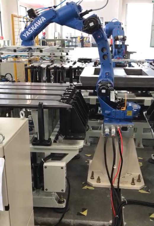机器人搬运